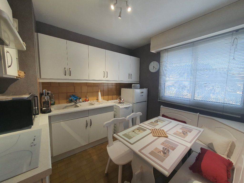 Appartement à louer 2 47.29m2 à Villefranche-sur-Saône vignette-8
