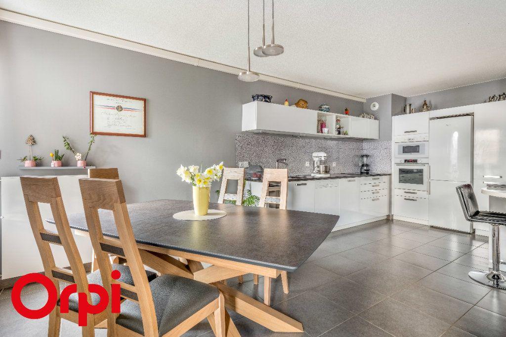 Appartement à vendre 4 106.46m2 à Villefranche-sur-Saône vignette-4