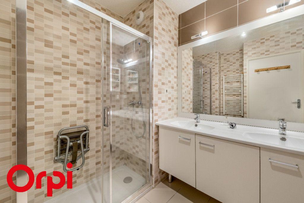 Appartement à vendre 4 106.46m2 à Villefranche-sur-Saône vignette-8