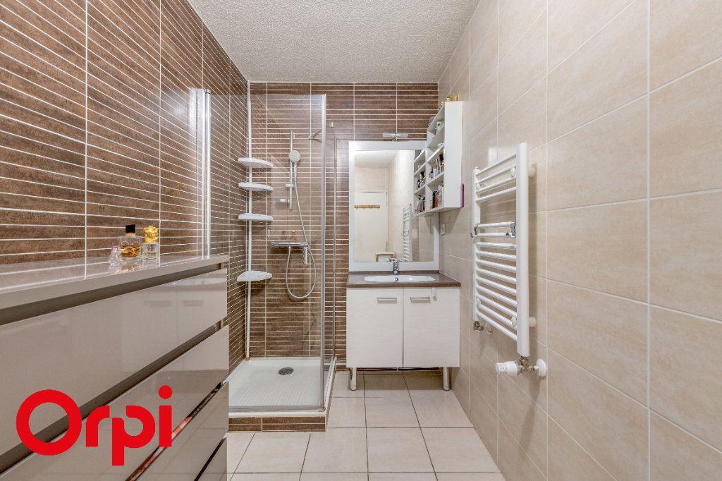 Appartement à vendre 4 106.46m2 à Villefranche-sur-Saône vignette-9