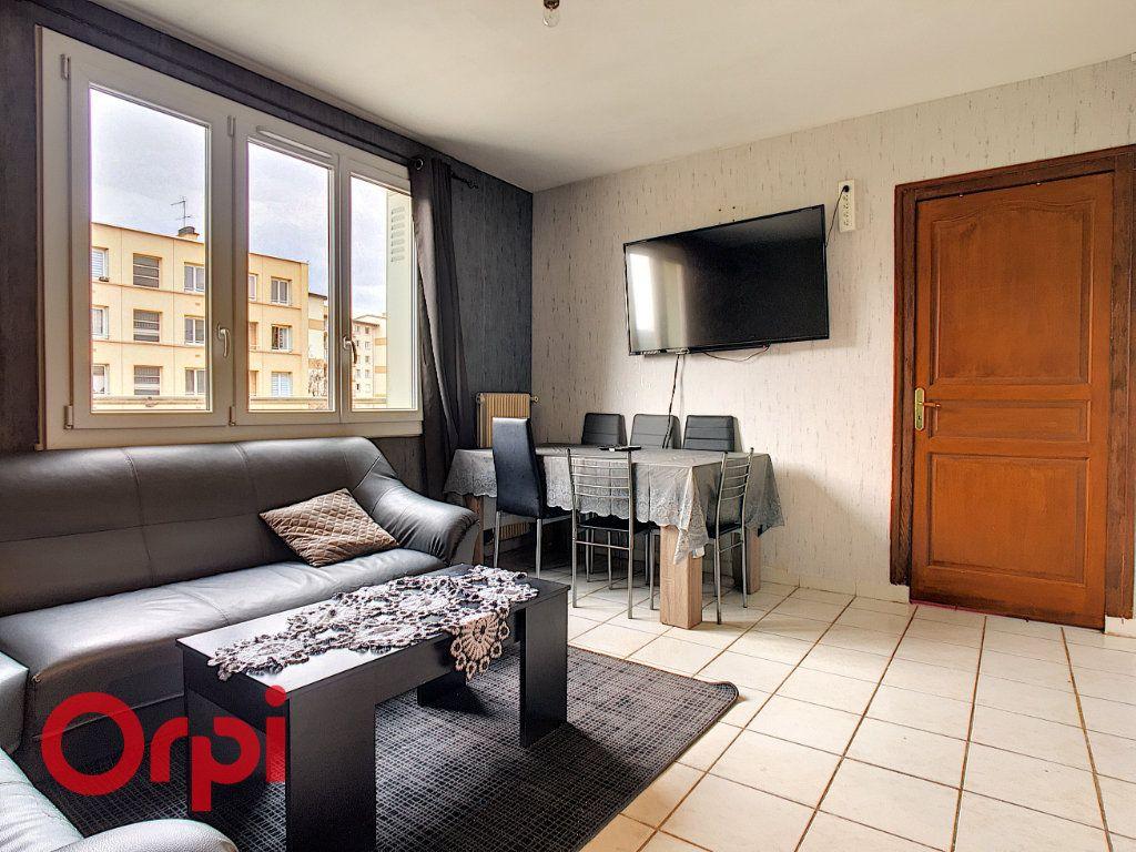 Appartement à vendre 4 63.54m2 à Villefranche-sur-Saône vignette-2