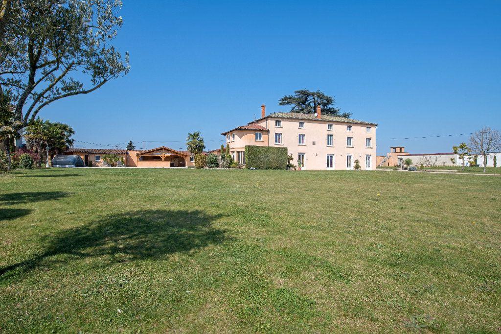 Maison à vendre 12 363m2 à Arnas vignette-3