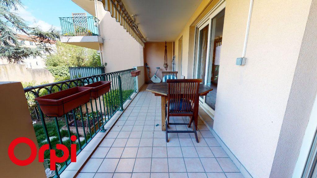Appartement à vendre 3 85.58m2 à Villefranche-sur-Saône vignette-1