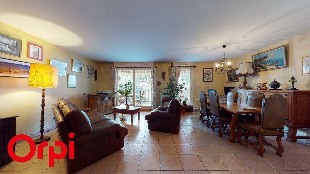 Appartement à vendre 3 85.58m2 à Villefranche-sur-Saône vignette-2