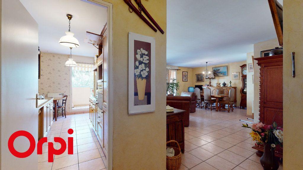 Appartement à vendre 3 85.58m2 à Villefranche-sur-Saône vignette-5