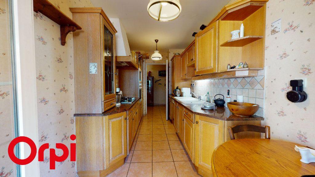 Appartement à vendre 3 85.58m2 à Villefranche-sur-Saône vignette-6