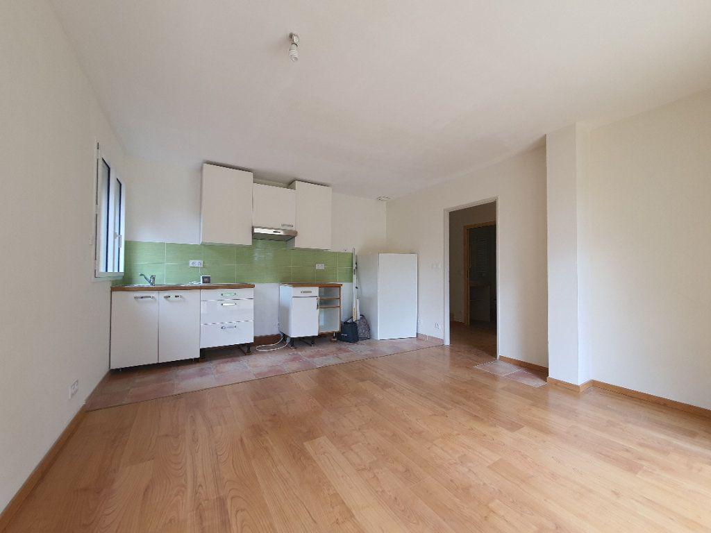 Appartement à louer 3 49.87m2 à Albigny-sur-Saône vignette-6