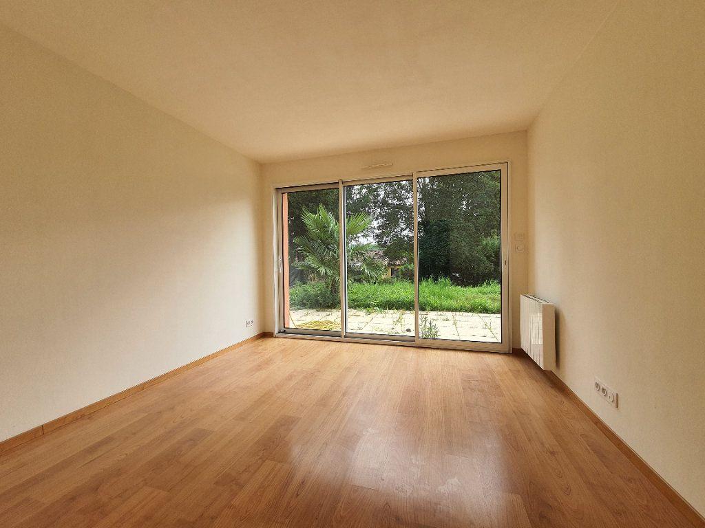 Appartement à louer 3 49.87m2 à Albigny-sur-Saône vignette-10