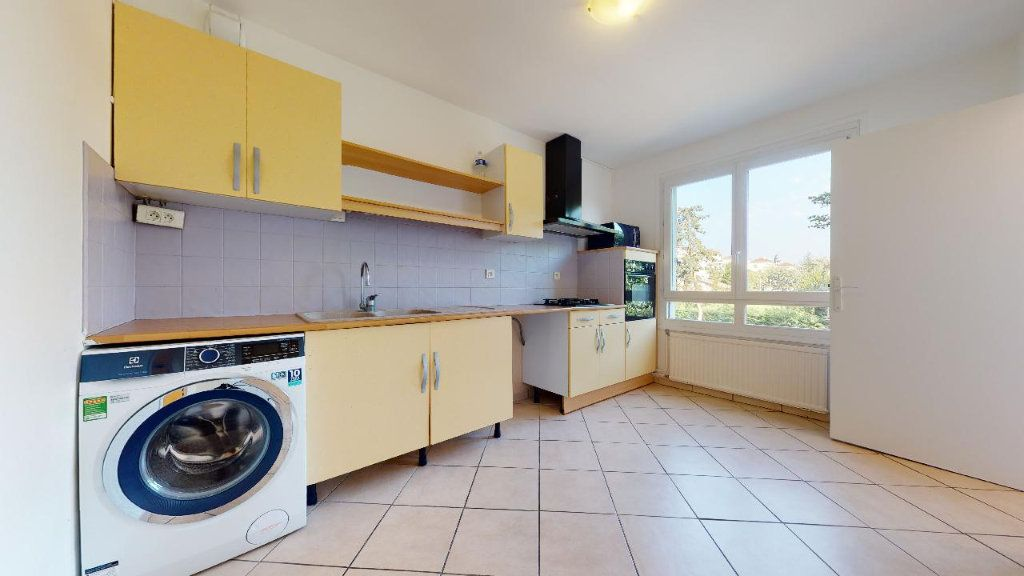Appartement à louer 3 73.6m2 à Limas vignette-4