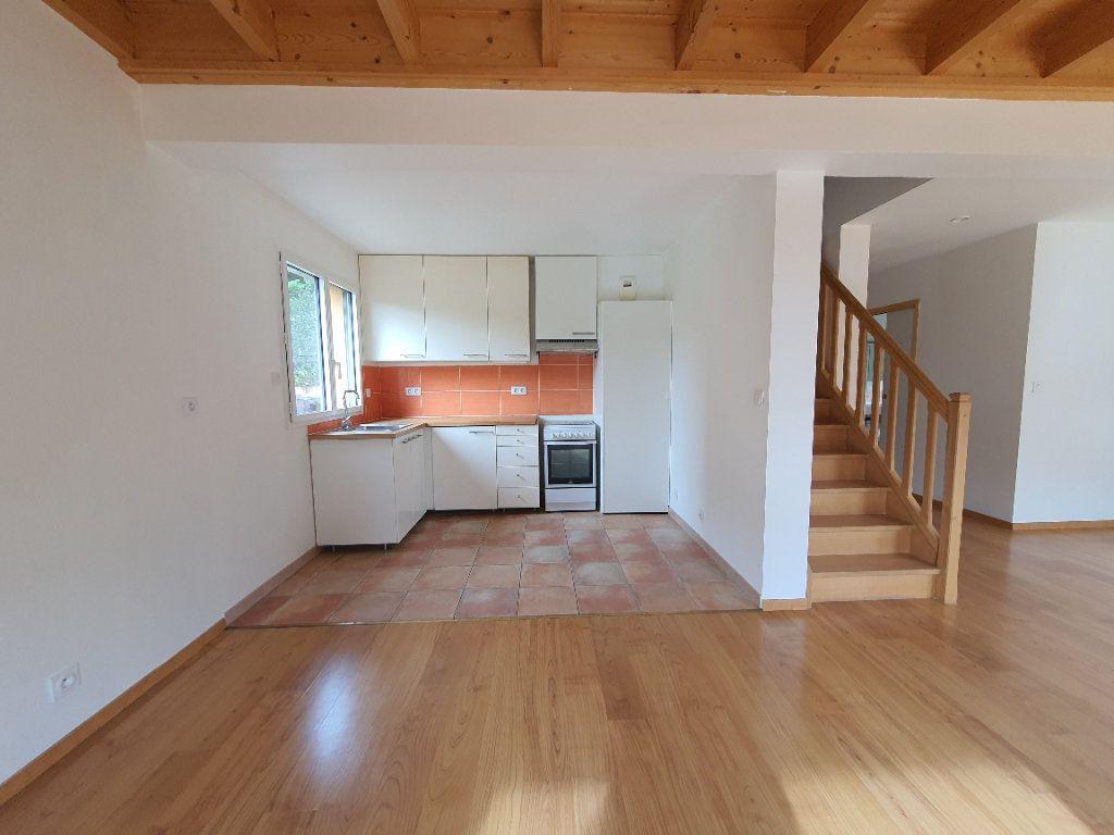 Appartement à louer 5 98.33m2 à Albigny-sur-Saône vignette-4