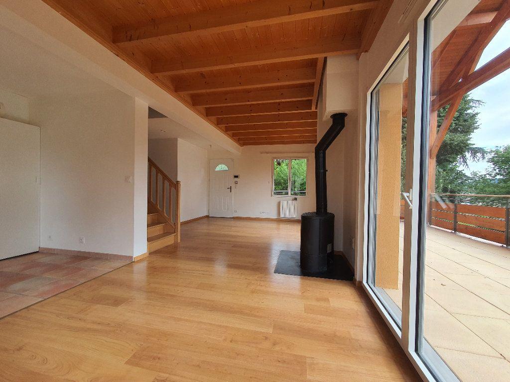 Appartement à louer 5 98.33m2 à Albigny-sur-Saône vignette-8