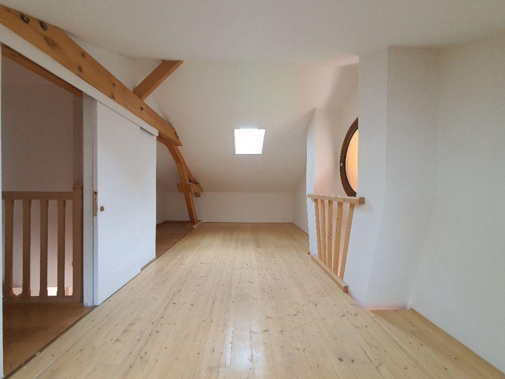 Appartement à louer 5 98.33m2 à Albigny-sur-Saône vignette-18