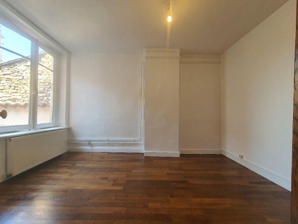 Appartement à louer 2 65m2 à Villefranche-sur-Saône vignette-10