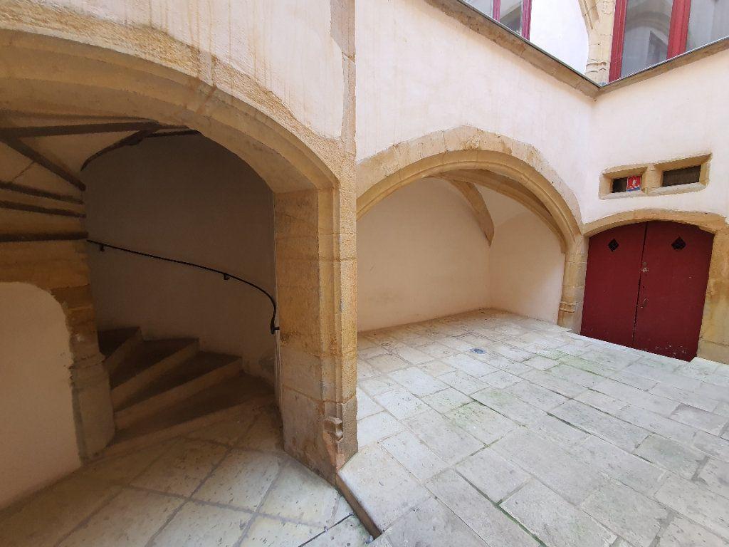 Appartement à louer 2 65m2 à Villefranche-sur-Saône vignette-16