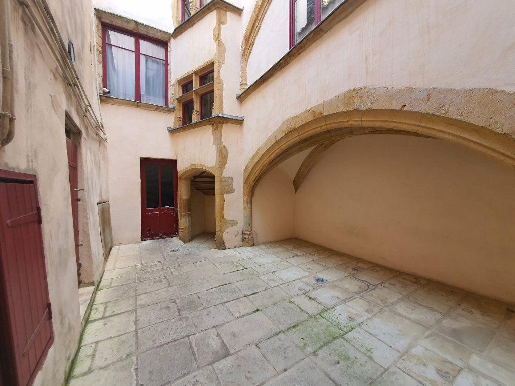 Appartement à louer 2 65m2 à Villefranche-sur-Saône vignette-17