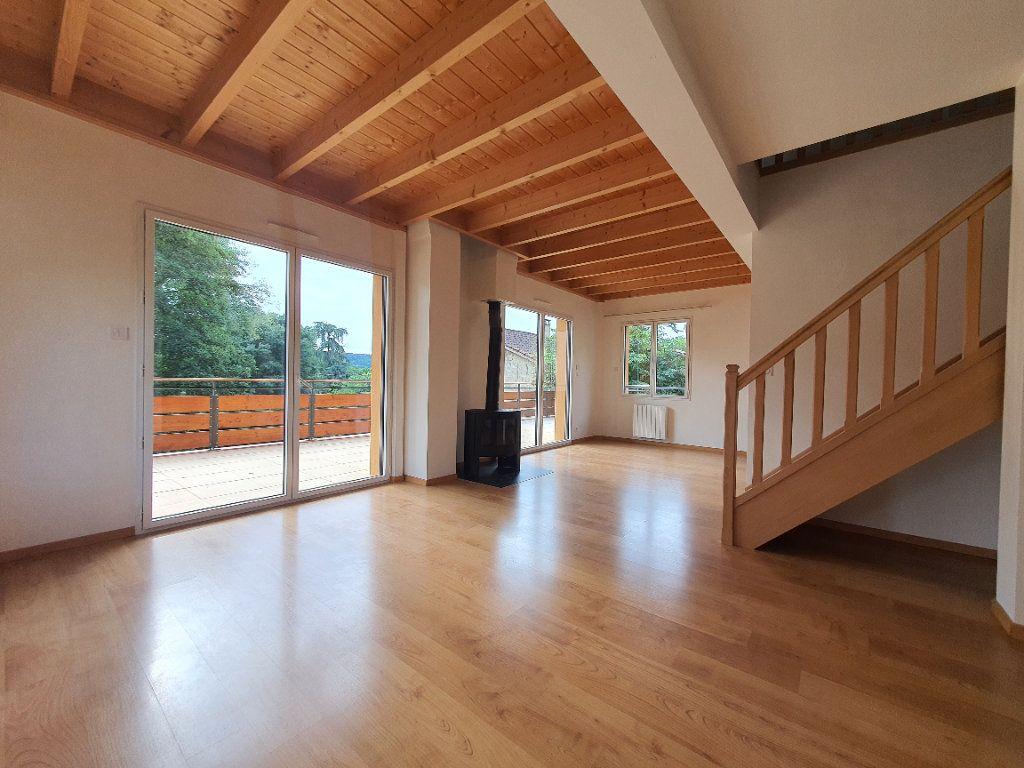 Appartement à louer 5 98.33m2 à Albigny-sur-Saône vignette-7