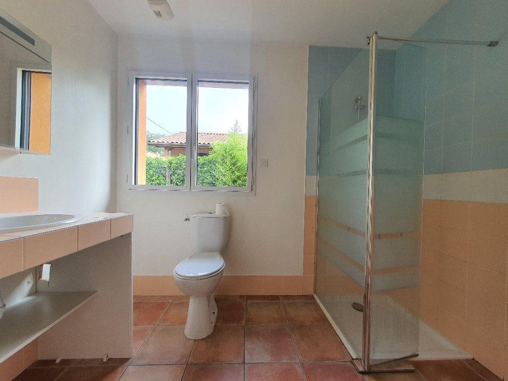 Appartement à louer 5 98.33m2 à Albigny-sur-Saône vignette-10