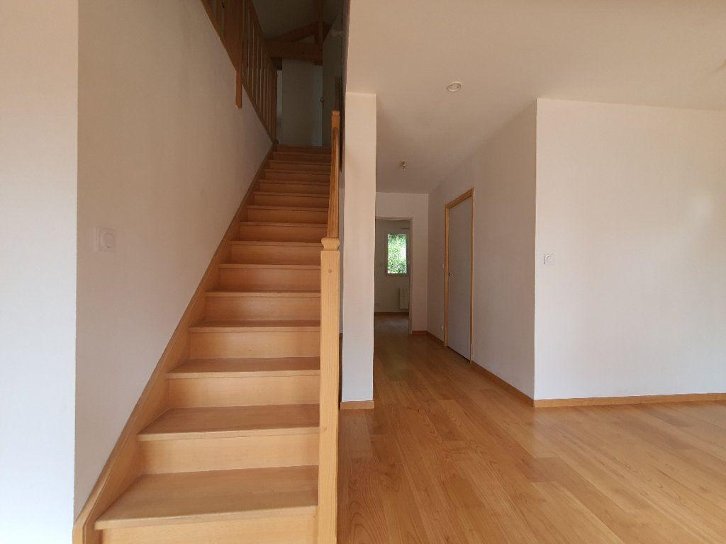 Appartement à louer 5 98.33m2 à Albigny-sur-Saône vignette-13