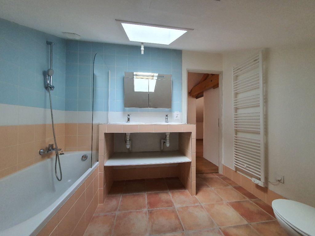 Appartement à louer 5 98.33m2 à Albigny-sur-Saône vignette-14