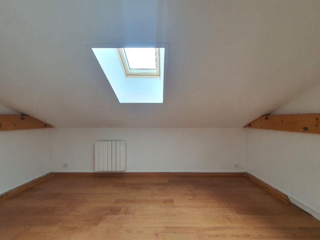 Appartement à louer 5 98.33m2 à Albigny-sur-Saône vignette-16