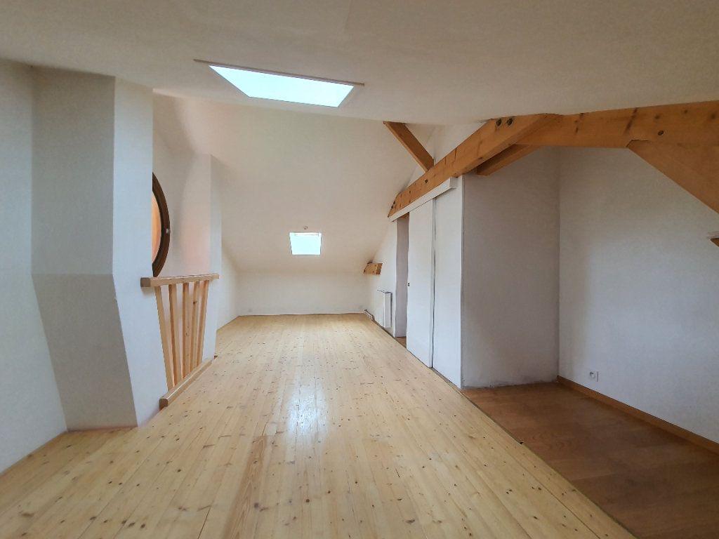 Appartement à louer 5 98.33m2 à Albigny-sur-Saône vignette-17