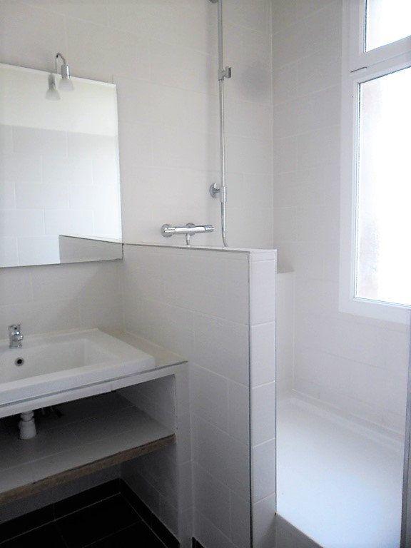 Appartement à louer 3 59.47m2 à Reims vignette-6