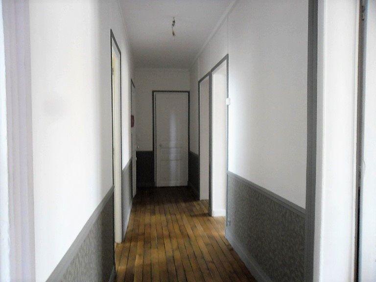 Appartement à louer 3 59.47m2 à Reims vignette-13