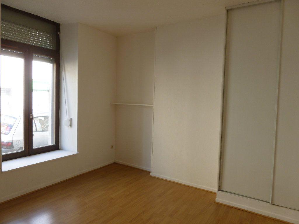 Appartement à louer 1 20m2 à Reims vignette-1