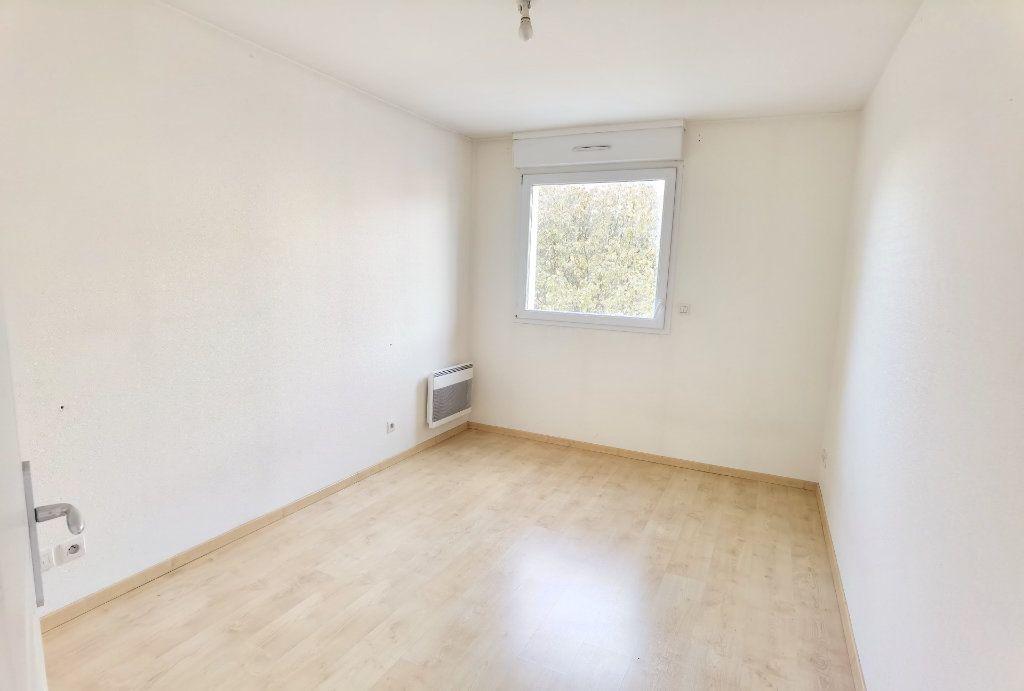 Appartement à louer 2 45m2 à Reims vignette-3