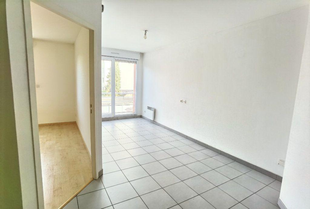 Appartement à louer 2 45m2 à Reims vignette-5