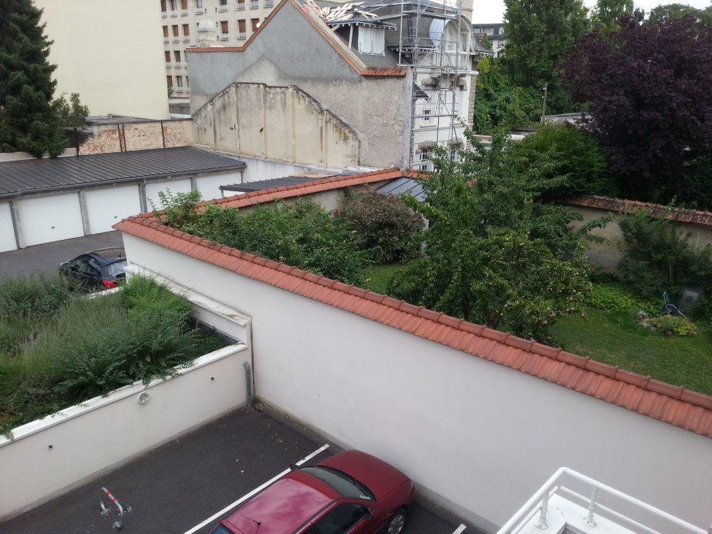 Appartement à louer 2 45m2 à Reims vignette-6