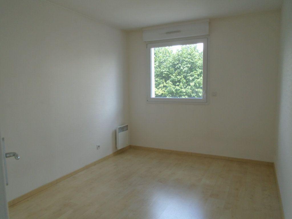 Appartement à louer 2 45m2 à Reims vignette-8