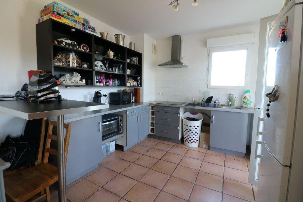 Appartement à vendre 3 69m2 à Saint-Martin-de-Hinx vignette-3
