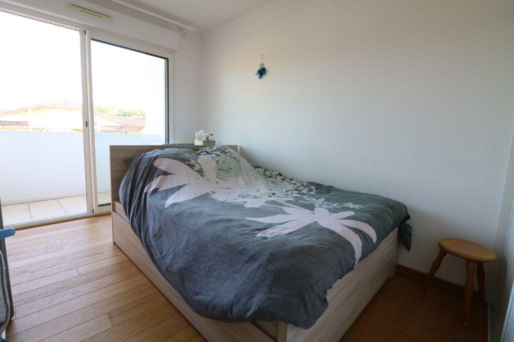 Appartement à vendre 3 69m2 à Saint-Martin-de-Hinx vignette-4