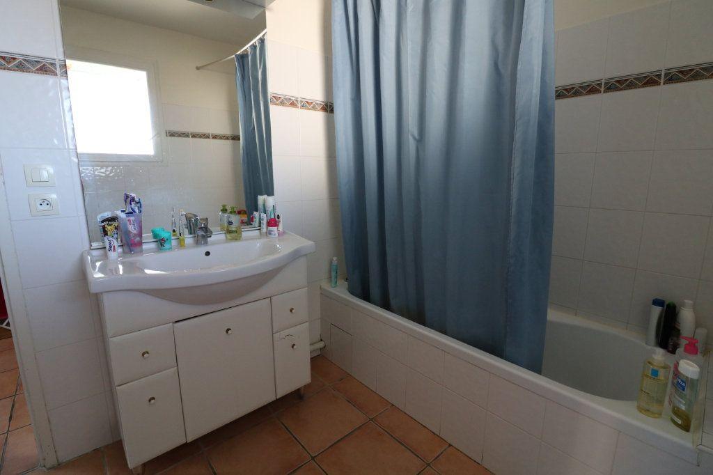 Appartement à vendre 3 69m2 à Saint-Martin-de-Hinx vignette-6