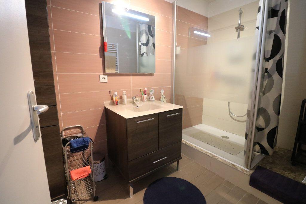 Appartement à vendre 3 54.96m2 à Saint-Vincent-de-Tyrosse vignette-8
