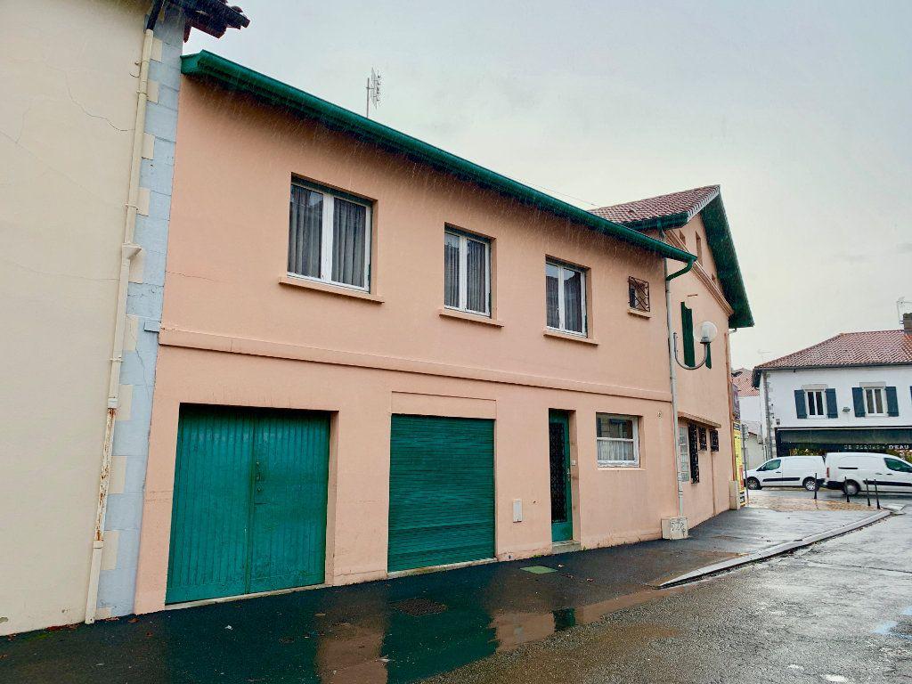 Maison à vendre 8 151m2 à Saint-Vincent-de-Tyrosse vignette-1
