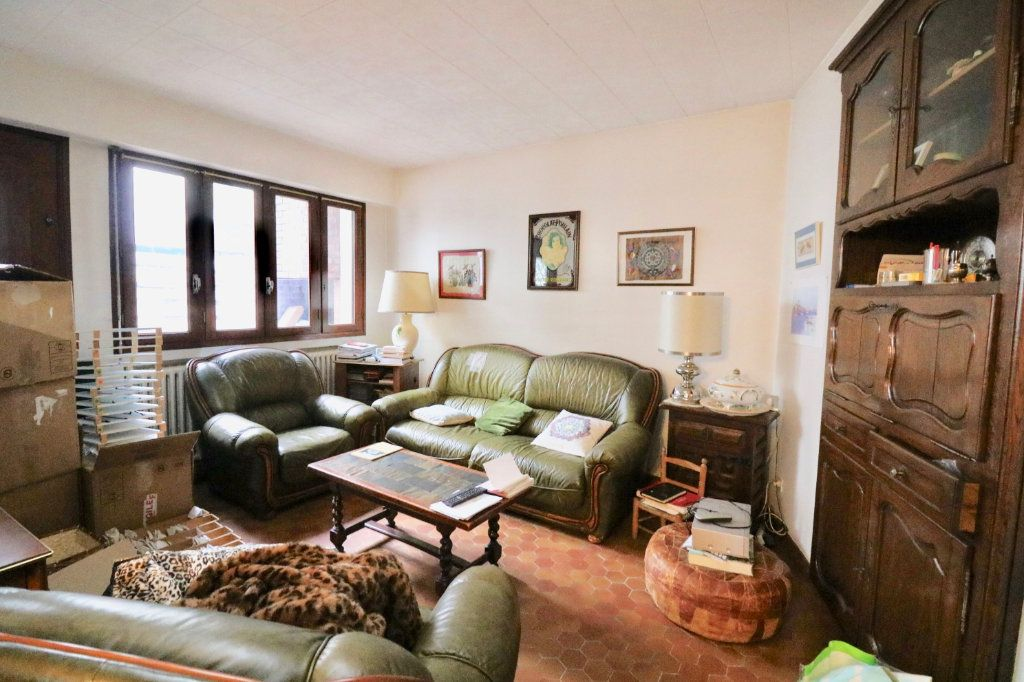 Maison à vendre 8 151m2 à Saint-Vincent-de-Tyrosse vignette-2