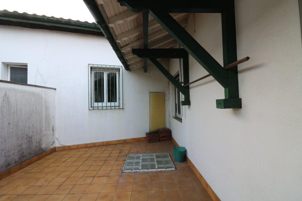 Maison à vendre 8 151m2 à Saint-Vincent-de-Tyrosse vignette-9