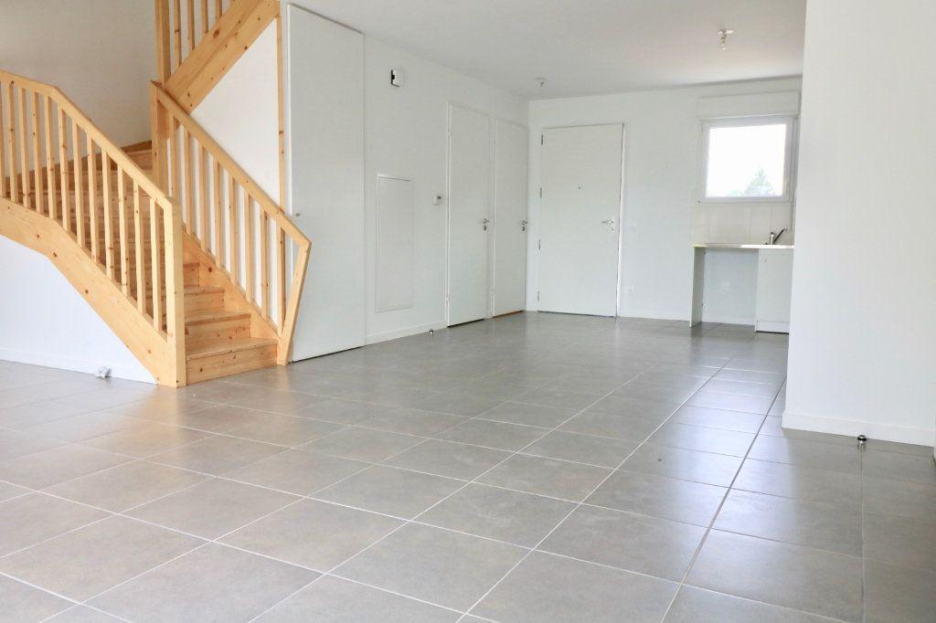Maison à louer 4 95.8m2 à Saint-Vincent-de-Tyrosse vignette-4