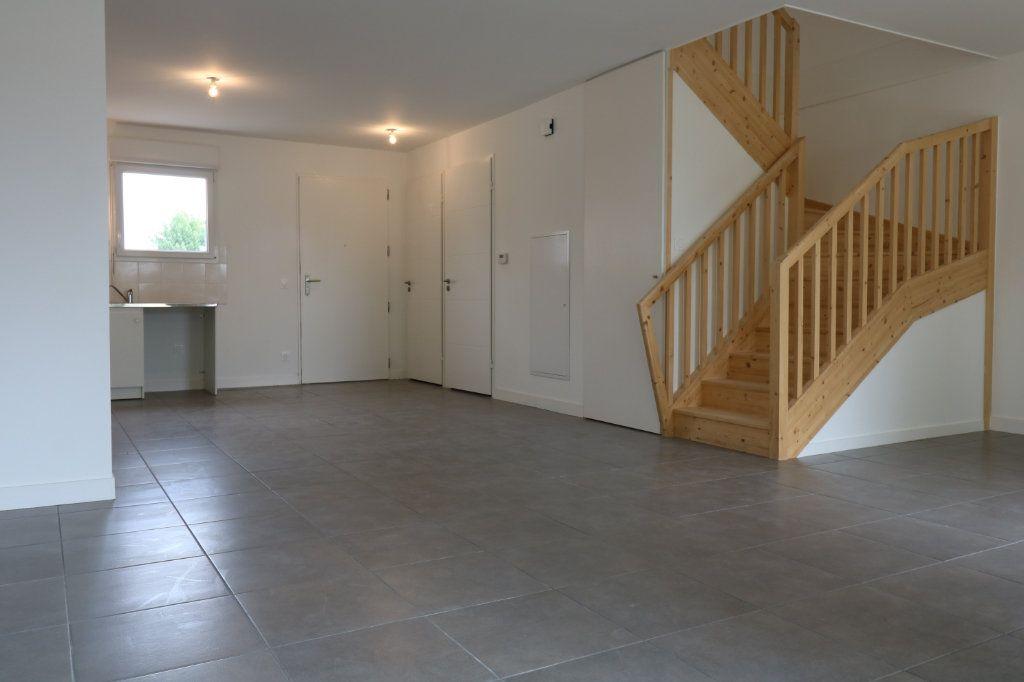 Maison à louer 4 95.8m2 à Saint-Vincent-de-Tyrosse vignette-2