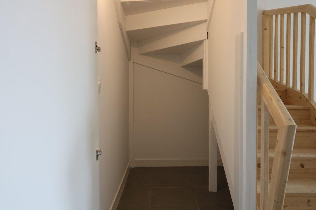 Maison à louer 4 95.8m2 à Saint-Vincent-de-Tyrosse vignette-6