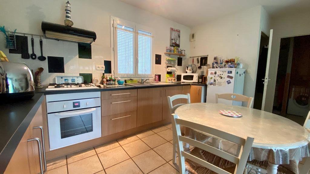 Appartement à vendre 2 37.7m2 à Saint-Vincent-de-Tyrosse vignette-2