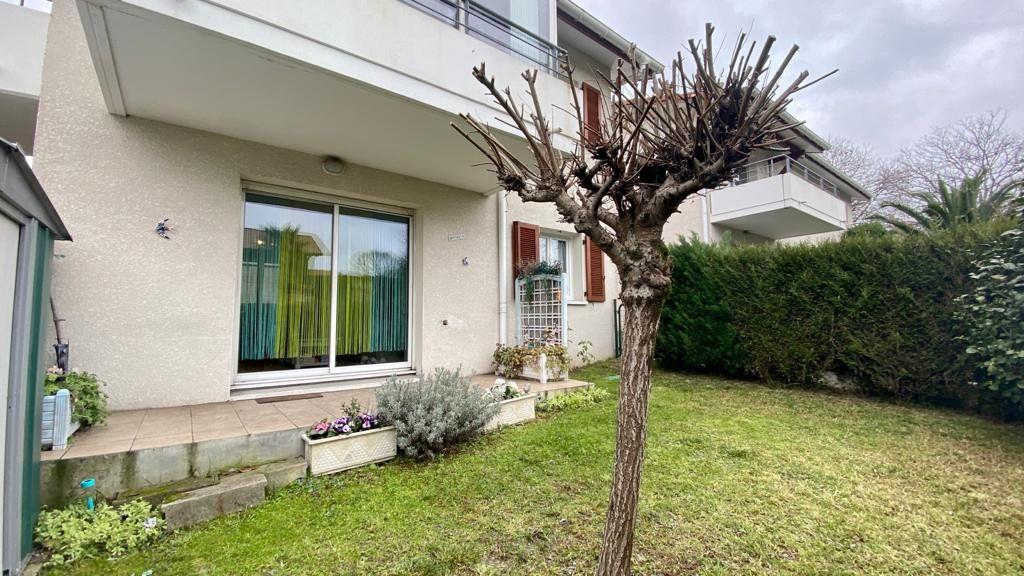 Appartement à vendre 2 37.7m2 à Saint-Vincent-de-Tyrosse vignette-6