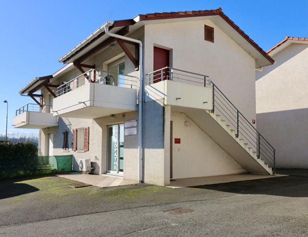 Appartement à louer 2 38.31m2 à Saint-Vincent-de-Tyrosse vignette-1