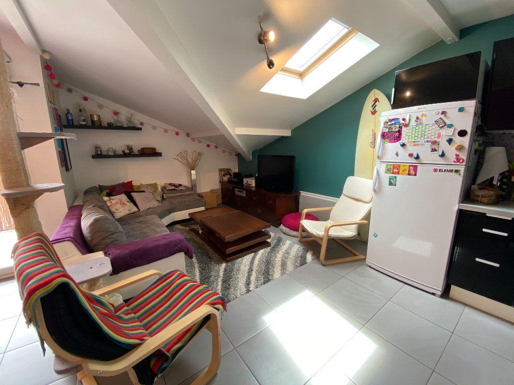 Appartement à vendre 3 59.68m2 à Saint-Vincent-de-Tyrosse vignette-3