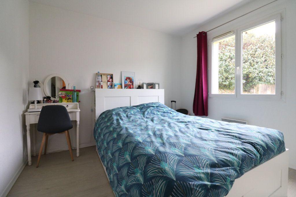 Appartement à vendre 3 63m2 à Saint-Vincent-de-Tyrosse vignette-6