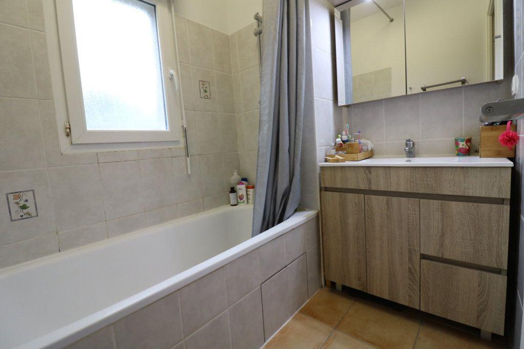 Appartement à vendre 3 63m2 à Saint-Vincent-de-Tyrosse vignette-7