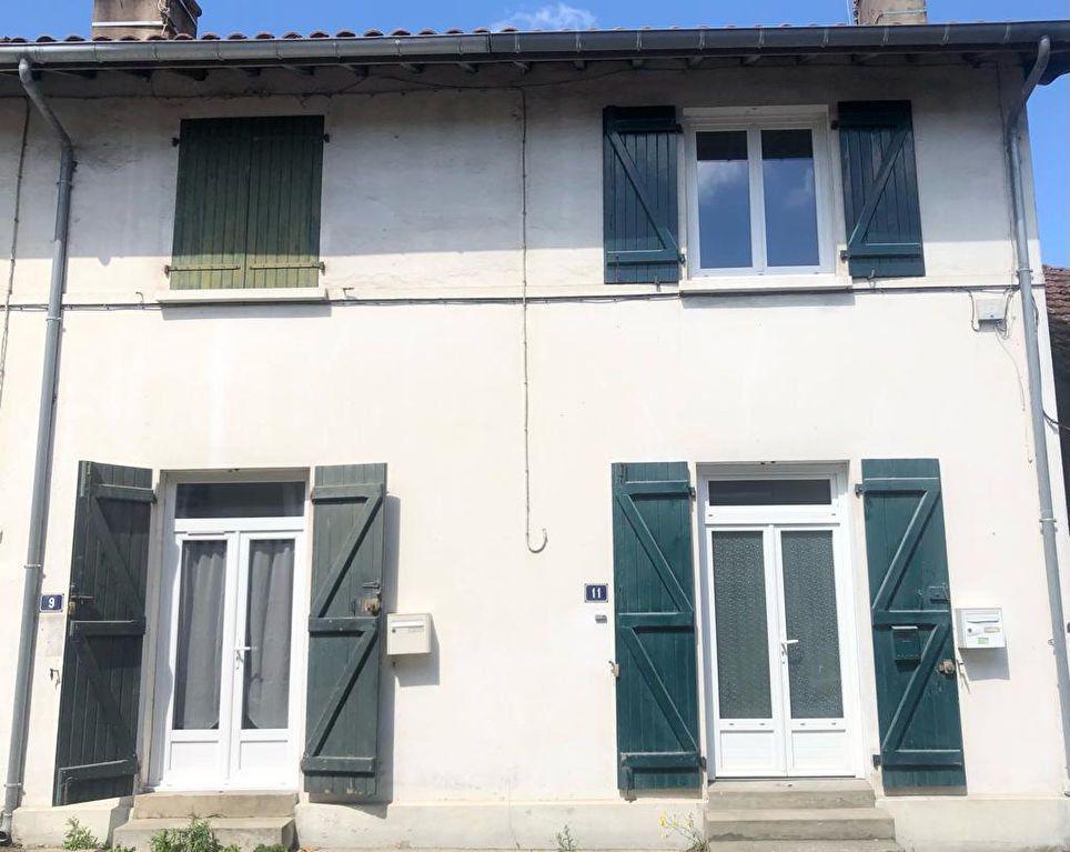 Maison à louer 3 61m2 à Saint-Vincent-de-Tyrosse vignette-1