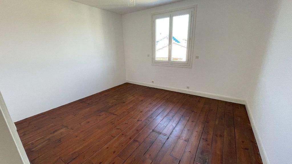 Maison à louer 3 61m2 à Saint-Vincent-de-Tyrosse vignette-6